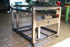 Antriebsständer für eine Produktionsstrecke