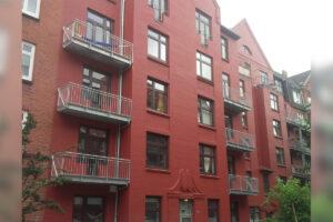 Metallbau Geerz - Edelstahl-Balkongeländer für Mehrfamilienhaus
