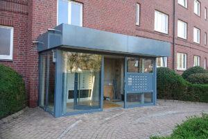 Metallbau Geerz - Windfang für Eingangsbereich