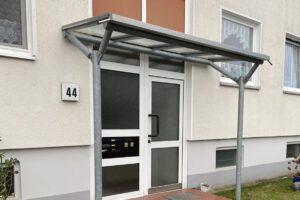 Metallbau Geerz - Vordächer einer Wohnanlage